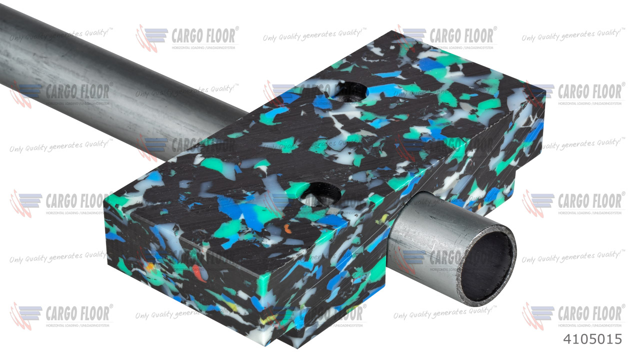 Пластиковый направляющий блок 132x60x32, для трубы Ø =25 мм арт. CargoFloor 4105015